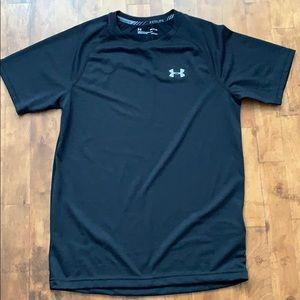 Under armour shirt for men